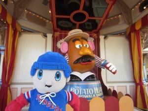 That potato creeps me out. He talks!